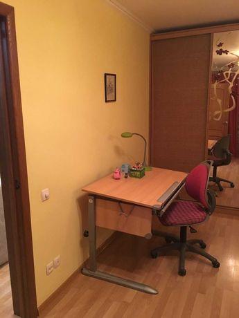 Парта, растущая с ребенком и ортопедичекий стул