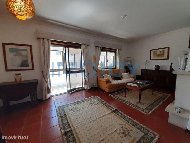 Apartamento T2 para Arrendamento na Quinta do Rosário