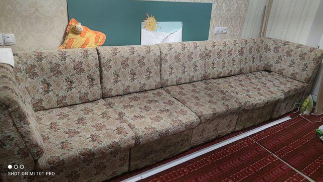 Продам мебельный уголок