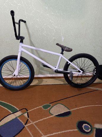 Велосипед Bmx , бмх, на проме, хром, втулки, вилка, рама