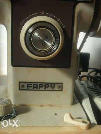Maquina de Costura - Fappi.
