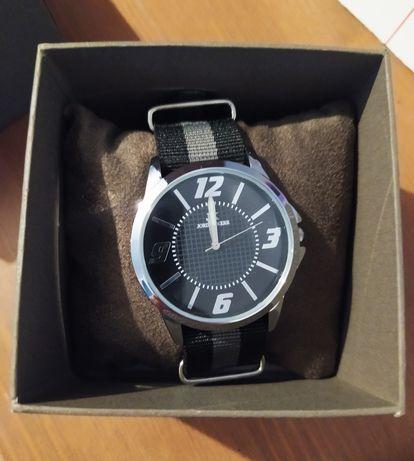 Nowy zegarek męski Jordan Kerr