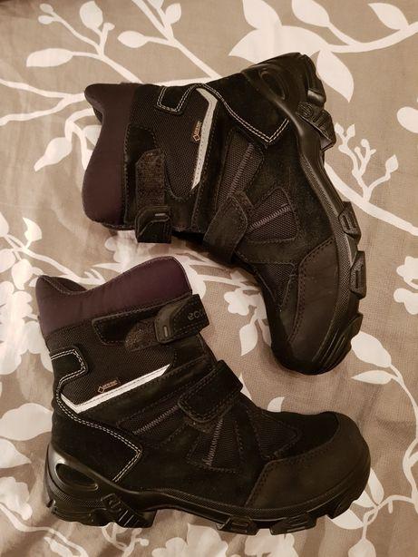 Продам детские зимние ботинки ecco 35 р.