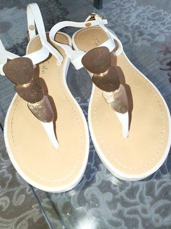 Sandały 36 biale