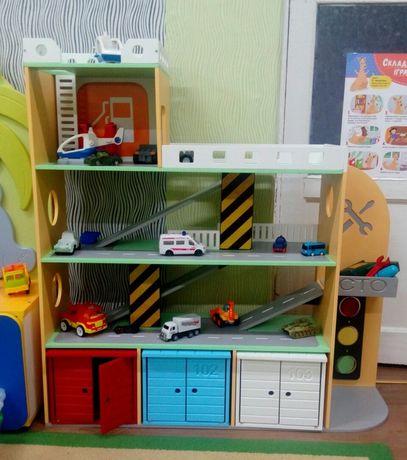 Парковка, гараж для машинок, детская парковка