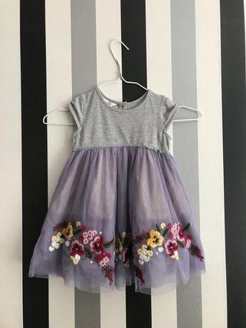 Красивейшее платье с вышивкой Monsoon 12-18 месяцев