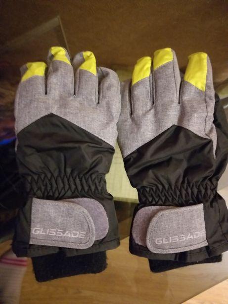 Лыжные перчатки Glissade на 7 лет