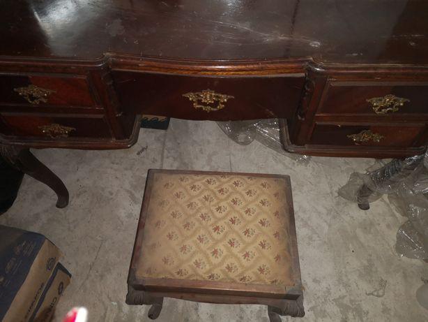 Secretaria vintage