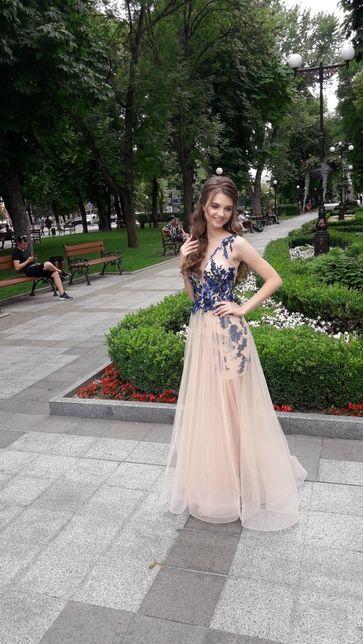 Шикарное выпускное или вечернее платье