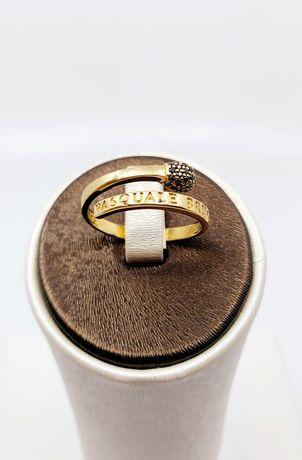 Złoty pierścionek próba 585 Rozmiar 17 waga 2.8 gr