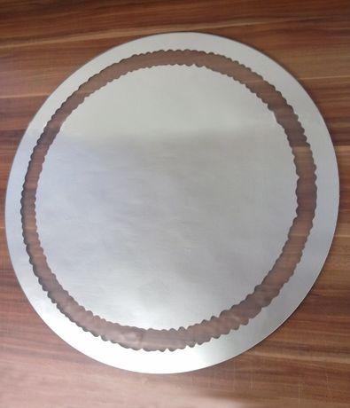 Lustro piaskowane z okrągłą ramką wewnątrz..