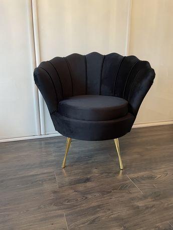 Fotel Muszla Uszak nowoczesny salon Od ręki