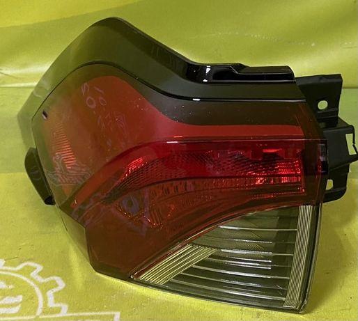 Toyota Rav4 2020 фонарь 815600R090,815500R090,815900R060,815800R060