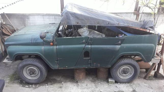 Продам УАЗ 469