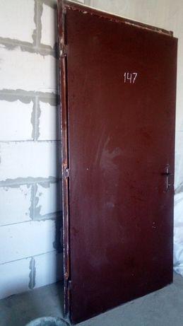 Продам железные двери