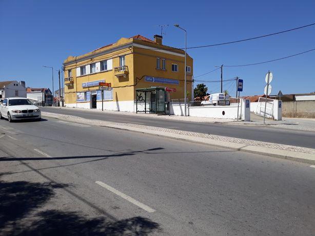 Loja arrendamento em Palmela