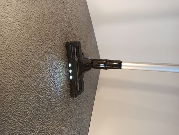 nowy Odkurzacz pionowy bezprzewodowy ze szczotkowaniem podświetla LED