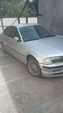 Продаю авто  BMW 320i