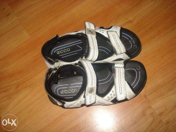 sandalki ecco