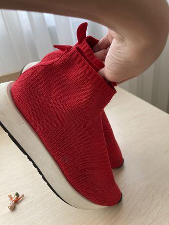Обувь . Zara . 35 размер . Для девочки