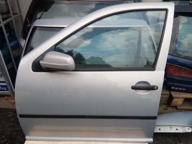 VW Golf IV Bora - Drzwi przód przednie lewe kpl. LB7Z
