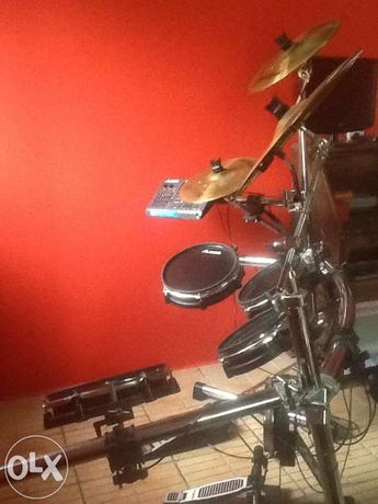 Bateria Electronica Alesis DM10 Pro Professional Electronic Drumset