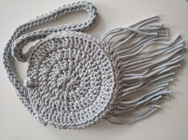 Torebka ręcznie wykonana, techniką makramy, ze sznurka. Szydełkowa.