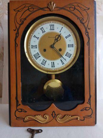 Часы Янтарь маятниковые с боем