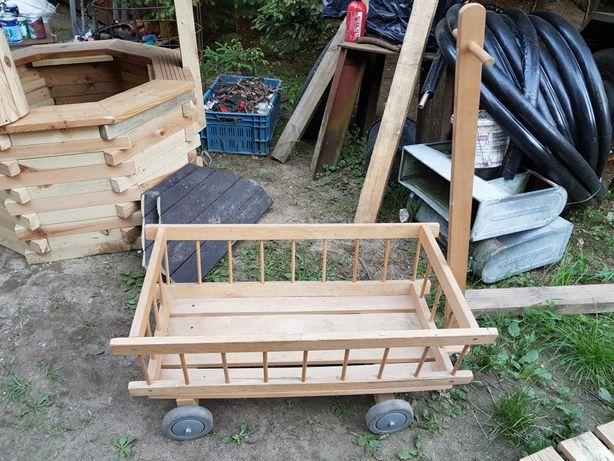 Wózek drewniany do ogrodu dla dzieci