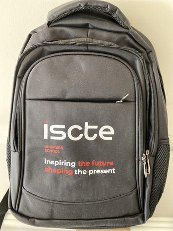 Conjunto mochila para laptop + waterbottle + caderno