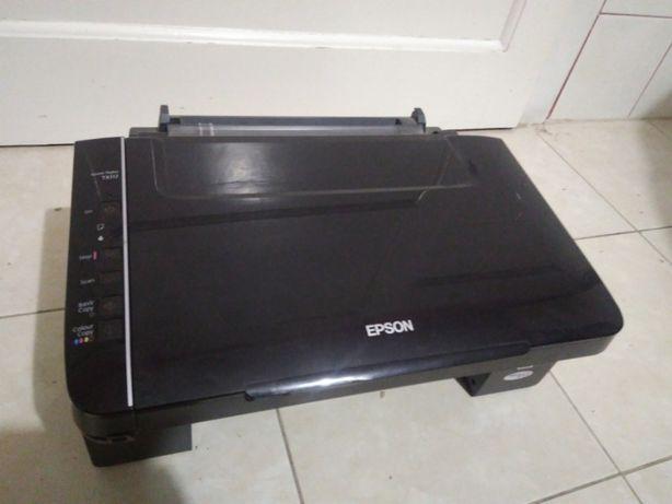 Продам принтер Epson Stylus TX 117 на запчасти