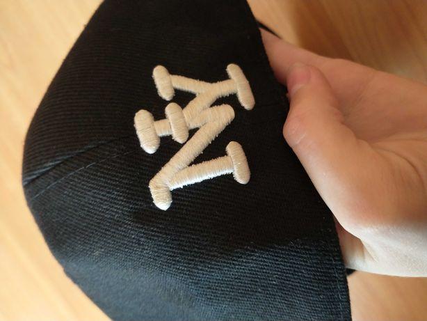 Nowa czapka z daszkiem full cup