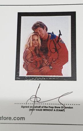 Foto Autografada Pamela Anderson E David Hasselhoff - COM CERTIFICADO