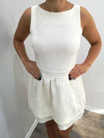Sukienka biała w rozmiarze 36