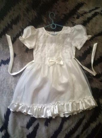 Платье белое нарядное на праздник, утренник, 5-6-7 лет, отл. состояние