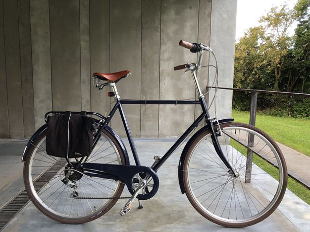 Bicicleta Capri com selim  brooks