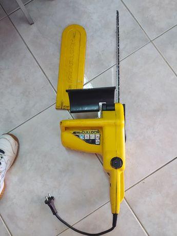 Motoserra eléctrica com pouco uso