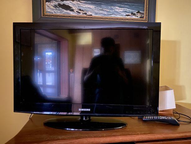 """Vendo Tv samsung 32"""" polegadas"""