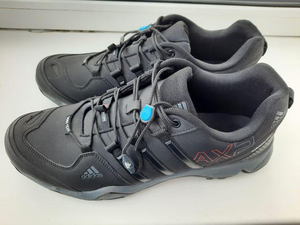 Кросівки ADIDAS traxion AX2