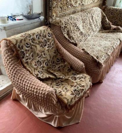 Накидки на мягкий диван і два крісла!