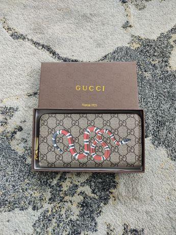 Gucci carteira cobra