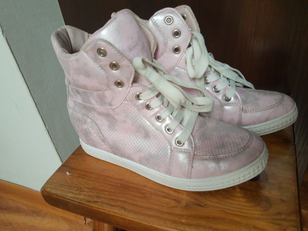 Sneakersy roz..40