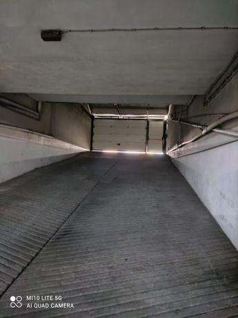 Espaço garagem,  aluga se