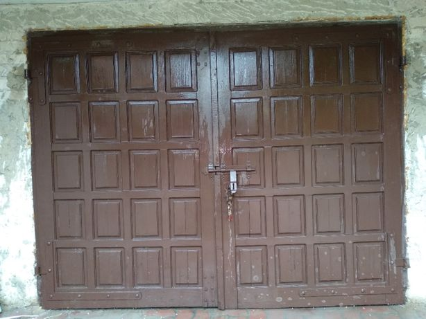 Brama garażowa i okna z demontażu