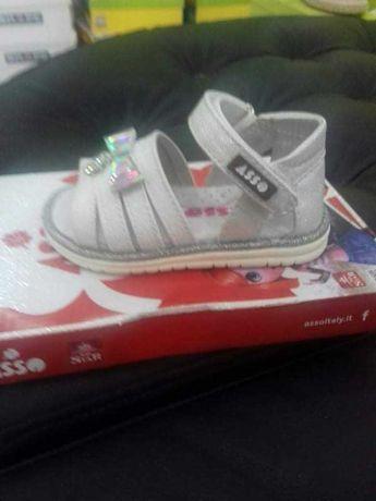 Дитяче взуття, ASSO босоніжки нові 20 розмір