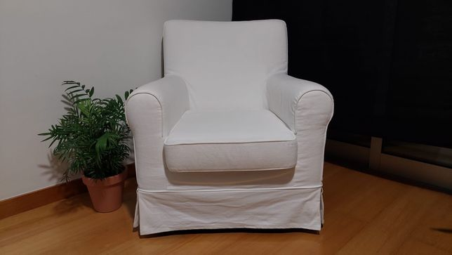 Poltrona Ektorp Ikea