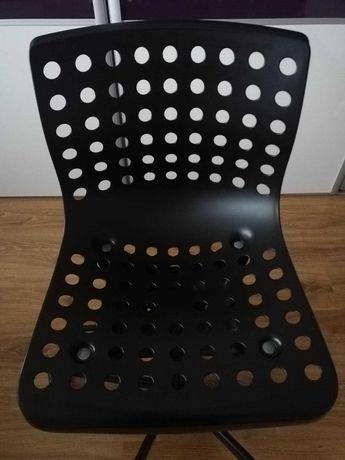 krzesło obrotowe z IKEA - czarne