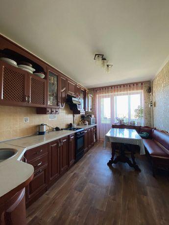Продам 3-х кімнатну квартиру з ремонтом на ст. Ярмолинці