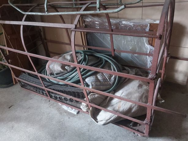 Sprzedam klatkę dla świń