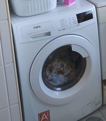 Máquina de lavar roupa AEG Lavamat l68480fl